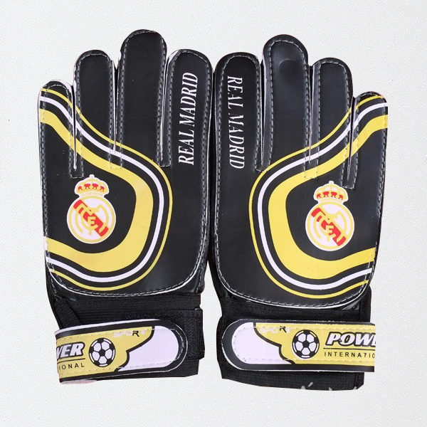 Вратарские перчатки Реала